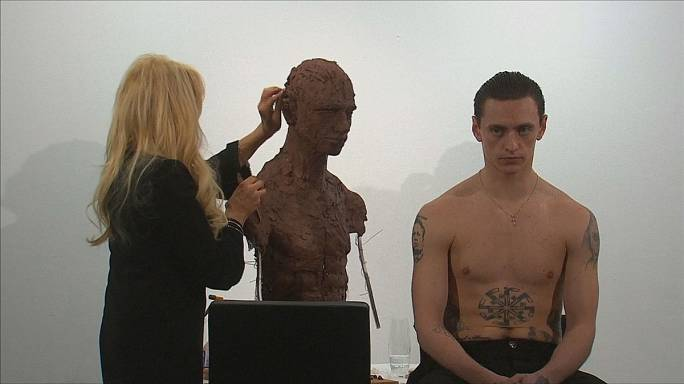 Sergei Polunin als Skulptur