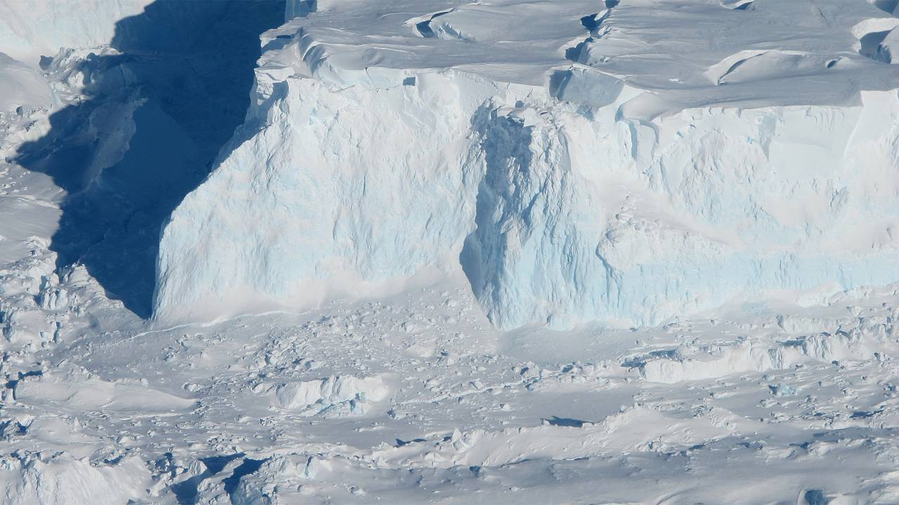Image: Study Shows Thwaites Glacier's Ice Loss May Not Progress as Quickly