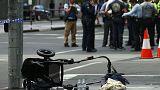 Melbourne'da bir otomobil yayaların arasına daldı: En az 3 ölü, 20 yaralı