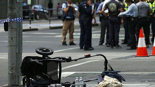 Austrália:Condutor atropela mais de vinte pessoas