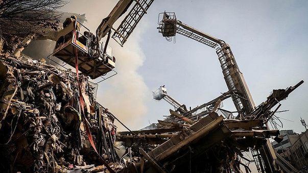 21 قتيلا على الاقل وأكثر من 80 جريحا في حريق وانهيار برج بْلاَسْكو في طهران