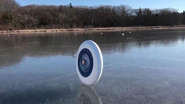 Disco volador sobre el hielo