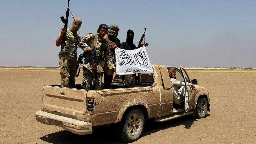 """مقتل 40 على الأقل من عناصر """"فتح الشام"""" و""""نور الدين زنكي"""" بغارة جوية غامضة"""