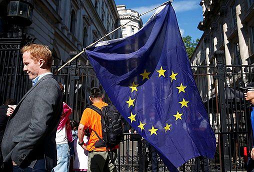 اتحادیه اروپا در یک نگاه؛ آغاز به کار دولت دونالد ترامپ