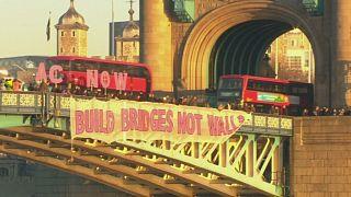 A Londres, Paris ou encore Berlin, des opposants au nouveau président américain Donald Trump ont manifesté, à l'occasion de son investiture