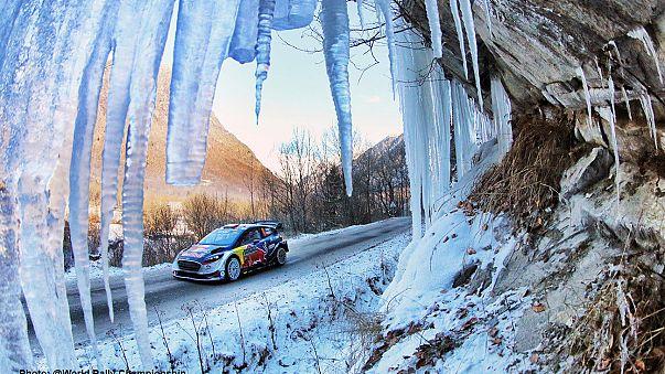 Neuville sigue al frente de un Rally de Montecarlo teñido de luto