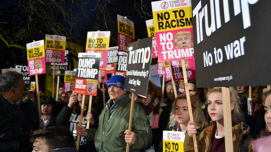 Manifestations anti-Trump en Europe