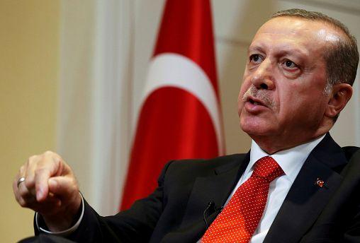 پارلمان ترکیه در پی بررسی «موضوع اصلاح قانون اساسی» با افزایش قدرت رئیس جمهوری موافقت کرد.
