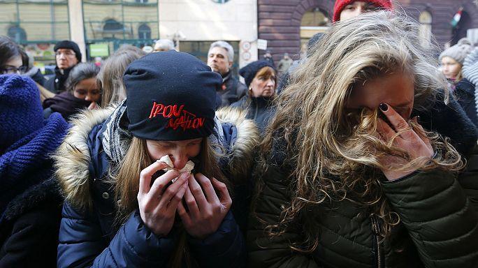 Hongrie : vive émotion au lycée où étudiaient les victimes de l'accident de car