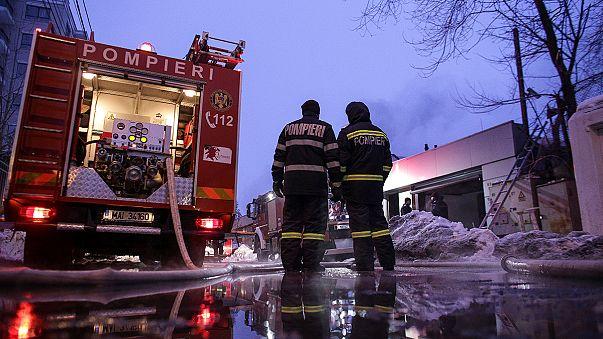 Cerca de 40 heridos en un incendio declarado en una discoteca de Bucarest