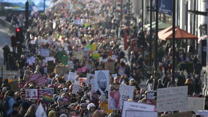 """Trump karşıtı """"Kadın Yürüyüşü"""" eylemlerine Avrupa başkentleri de destek verdi"""