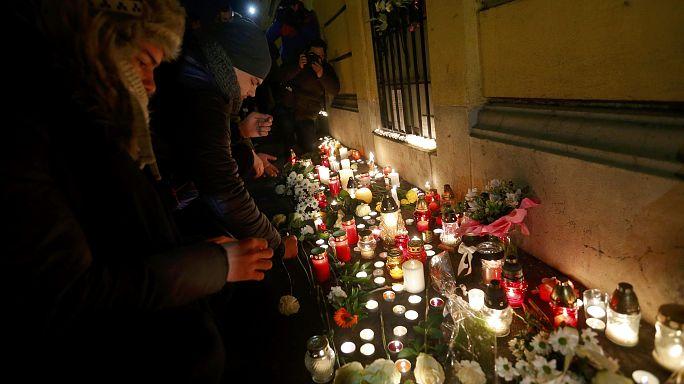 Otobüs kazası: Macaristan yasta, öğrenciler ülkelerine dönüyor