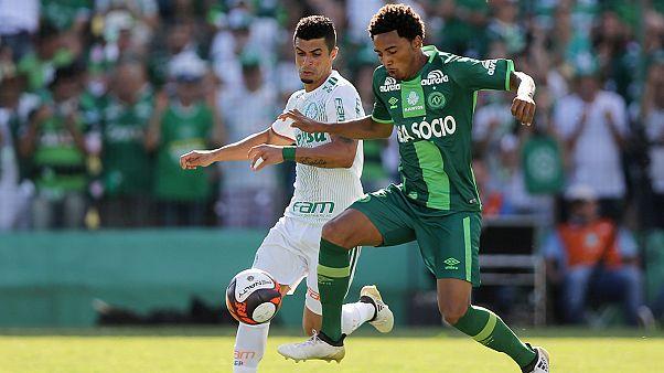 Comeback von AF Chapecoense: Copa-Sudaméricana-Ehrung bei Benefizspiel