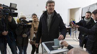 Primaries begin in France to choose Socialist presidential