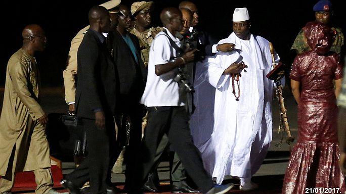 Repülőgépekkel menekítette vagyonát a bukott gambiai vezető