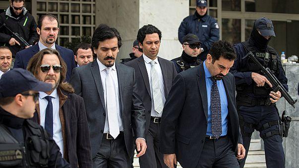 Grèce : le jugement sur l'extradition des officiers turcs repoussé