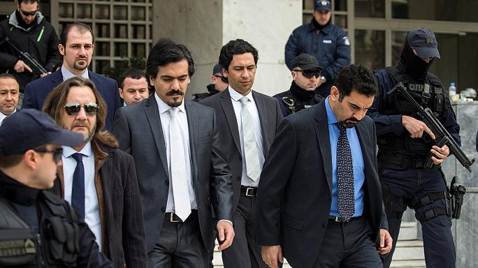Később ítélkezik a török katonák kiadásáról a görög bíróság