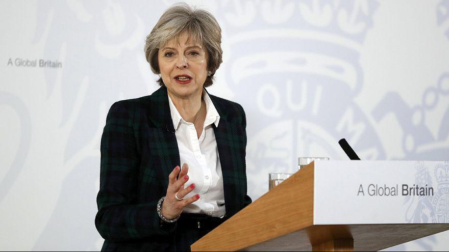 May: Tschüss Thatcherismus, hallo starker Staat