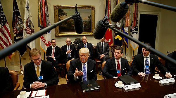 Donald Trump ilk toplantısını dev şirket yöneticileriyle yaptı