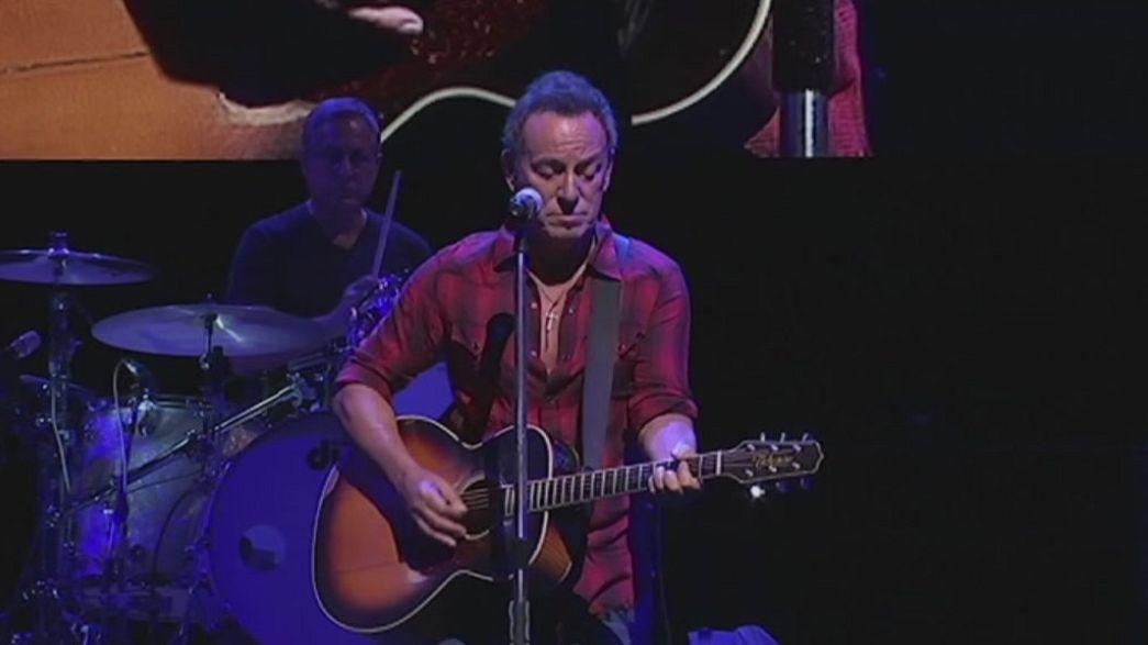 Bruce Springsteen joins 'new resistance' against 'demagogue' Trump