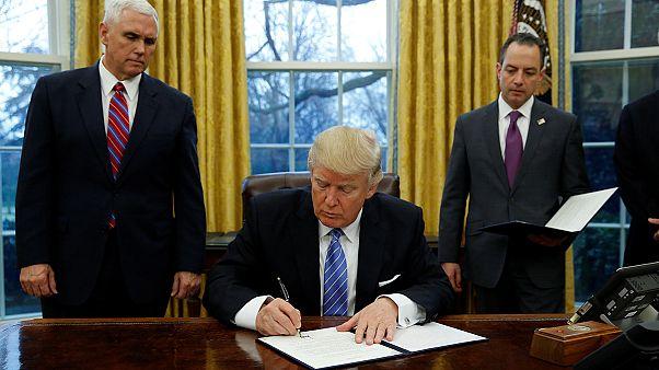 ترامپ دستور خروج آمریکا از معاهده تجاری اقیانوس آرام را صادر کرد