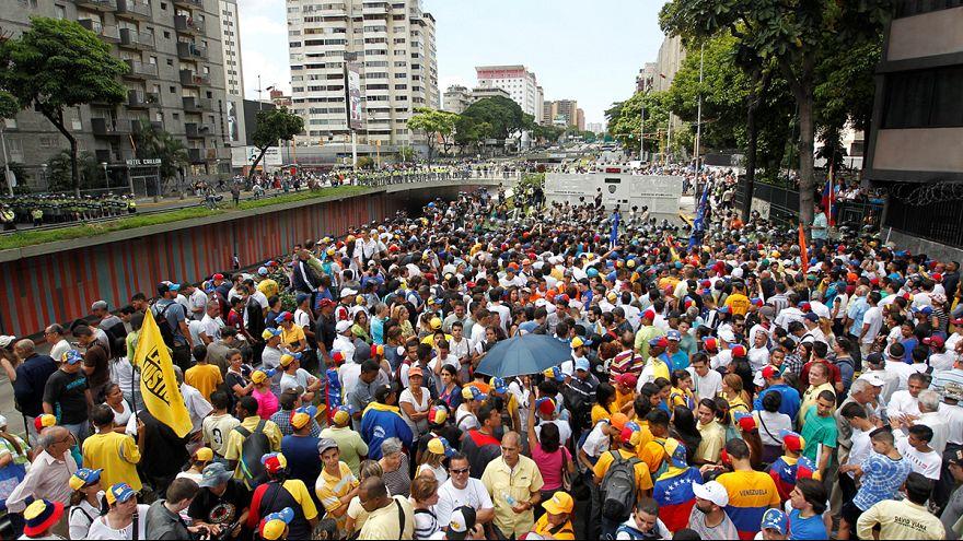 Venezuela. Marcia contro Maduro ma la protesta è a corto di fiato