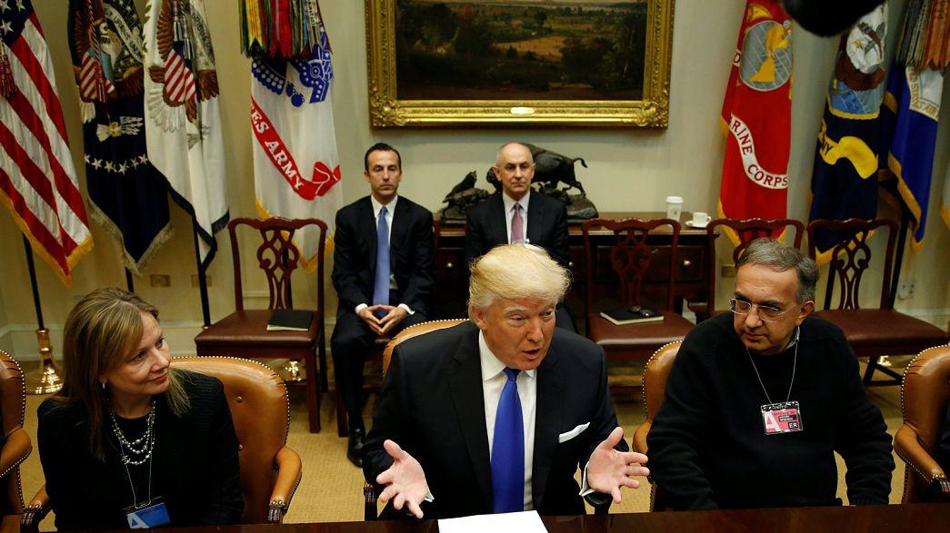 Weniger Umweltvorschriften, weniger Steuern - Trump balzt um Autoindustrie