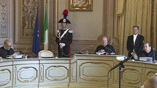 Az olasz politika közeljövője múlik az alkotmánybíróság döntésén