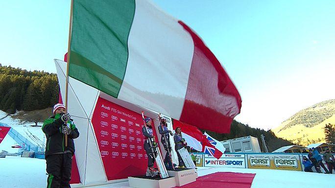 İtalyan kayakçılar kendi evlerinde rahat