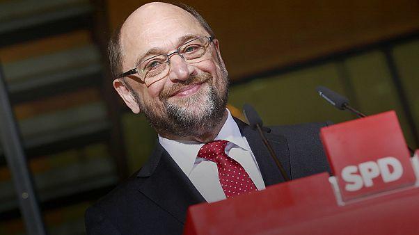 Allemagne : Martin Schulz s'attaque à Angela Merkel