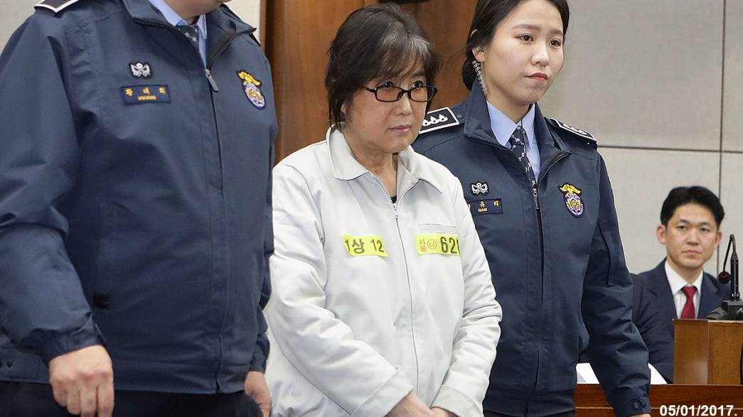 South Korea corruption scandal: president's friend protests innocence