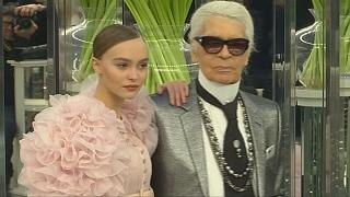 Paris Moda Haftası'nda Chanel ve Dior masal dünyasını podyumlara taşıdı