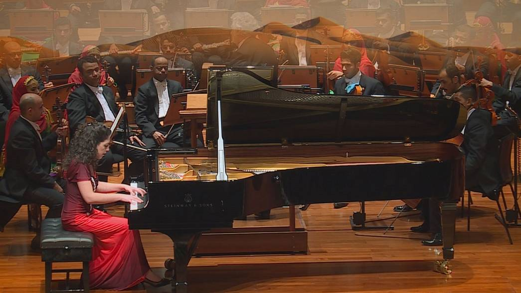 Plácido Domingo arrebata Omã com Tchaikovsky