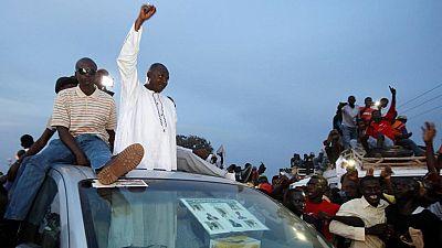 Gambie : Adama Barrow attendu dans son pays, une semaine après avoir prêté serment