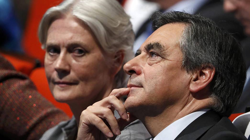 Fillon 'cooperating' in embezzlement inquiry into Welsh wife's work record