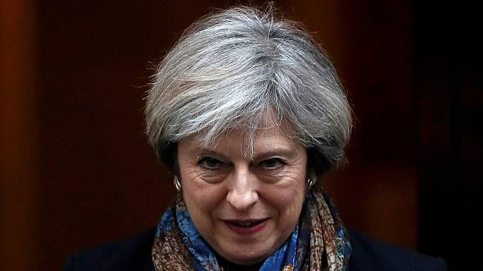 Theresa May vola da Trump. Il prossimo addio all'Europa mette le ali a Londra
