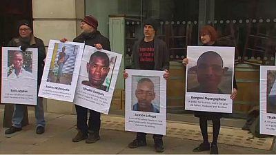 Manifestation devant le siège de la compagnie minière Lonmin à Londres