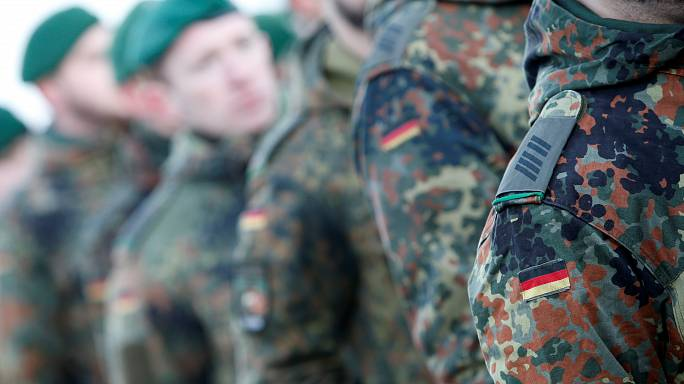 Bundestag dehnt Bundeswehr-Einsätze im Irak und in Mali aus