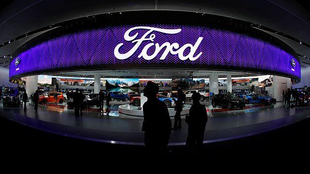 Abandono do projeto de fábrica no México penaliza contas da Ford