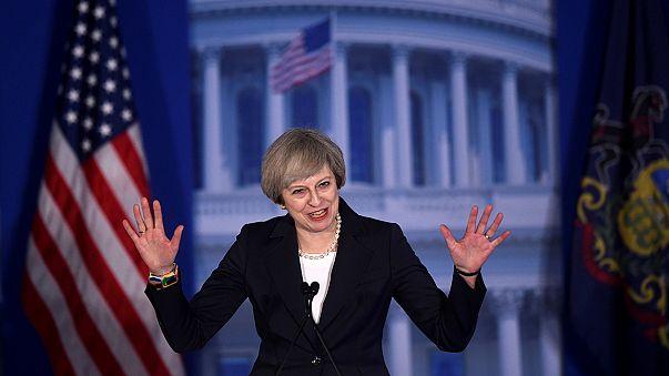 Theresa May: Amerikáé és Nagy-Britanniáé a vezetés felelőssége