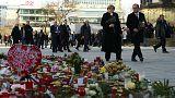 Hollande ve Merkel'den Avrupa'da birlik mesajı