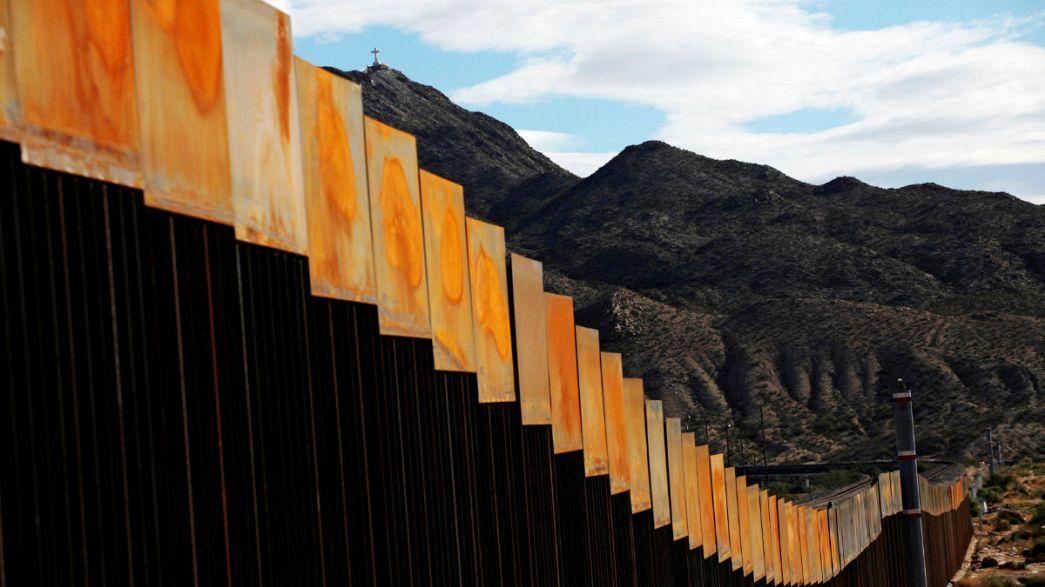 Trump, duvar parasını Meksika ürünlerine vergi koyarak çıkaracak