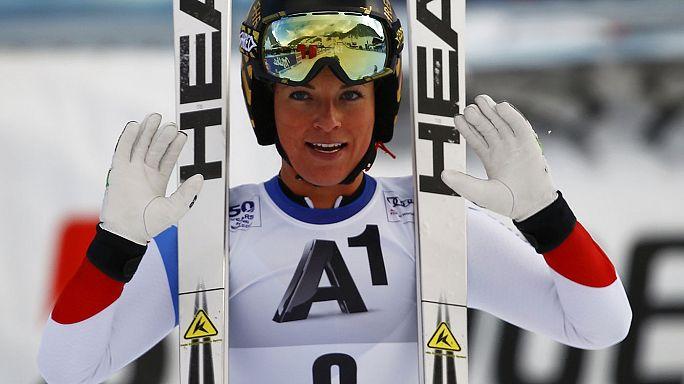 التزلج الألب : غوت تفوز في الهبوط و تقترب من ريادة الترتيب العالمي