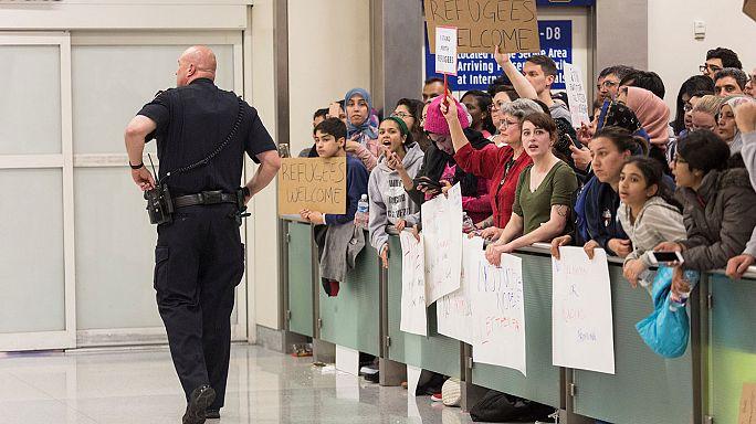 Einreisestopp für arabische Länder: US-Gerichte stoppen Deportation Festgesetzter