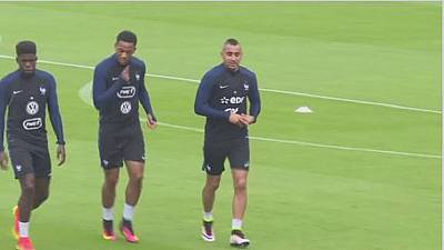 French midfielder Payet joins Marseille in a £25m deal
