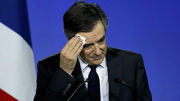 "Francois Fillon denuncia un complot en el ""Penelopegate"""