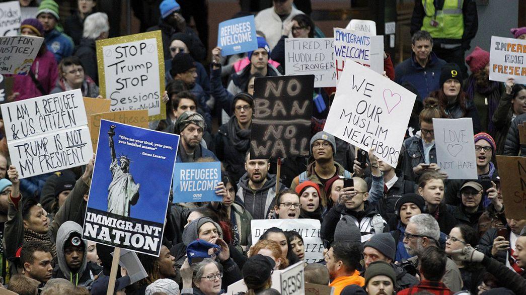 Trump no cede ante las protestas masivas por su veto a los inmigrantes