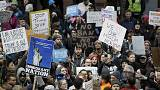 Trump não recua: Ordens contra imigração permanecem em vigor