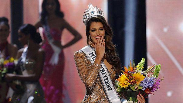 """Francesa de 24 anos conquista título de beleza """"universal"""""""