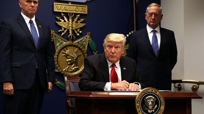 EUA: Chovem as queixas em tribunal contra as leis de Donald Trump